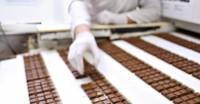 Aarhus oferta pracy w Danii dla par bez znajomości języka pakowanie czekoladek